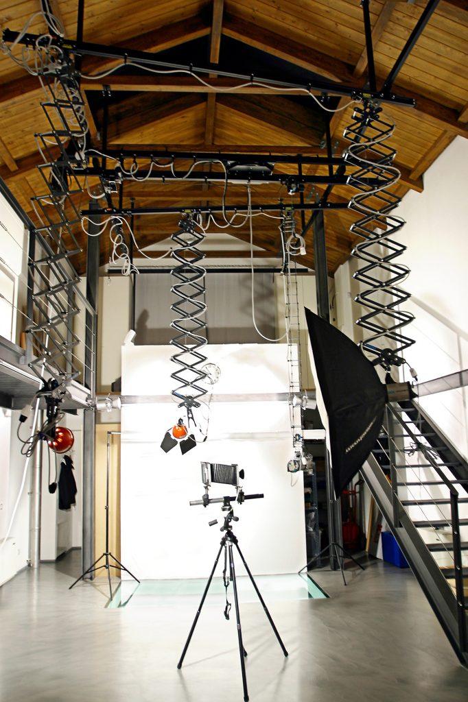 fotografo Milano zona Barona studio fotografico cataloghi gioielli arte moda fashion book still life